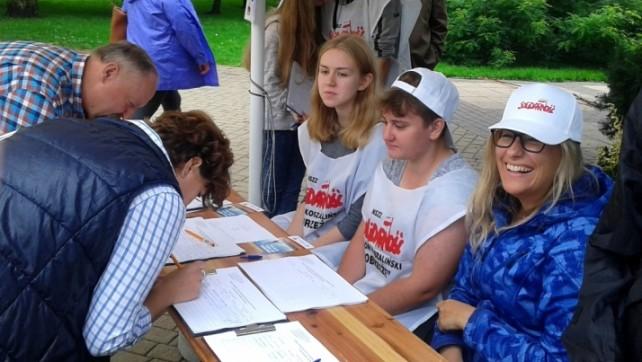 Nadal zbieramy podpisy!!!