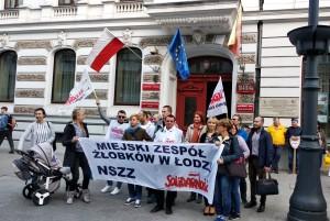 Pikieta w Łodzi UW (2)